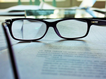 8 Myths about Reading Glasses